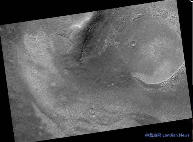 SpaceX开始寻找火星上的飞船着陆点,拟在火星发现潜在降落地点