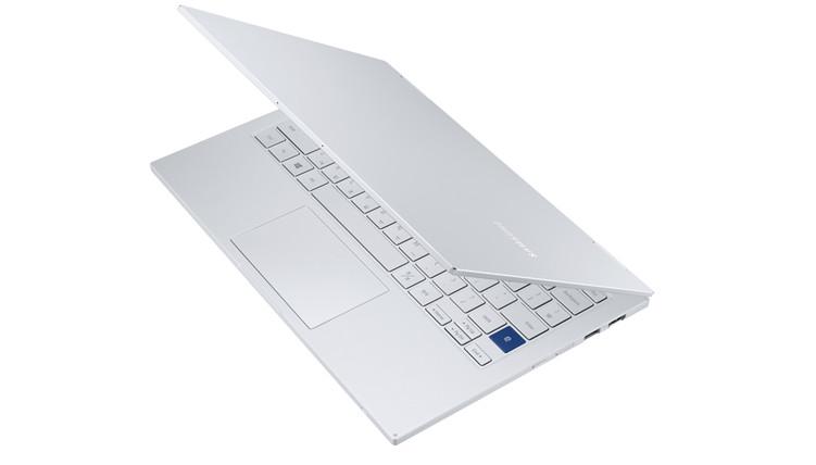 三星推出搭载英特尔第11代处理器支持5G网络的Intel EVO认证变形版