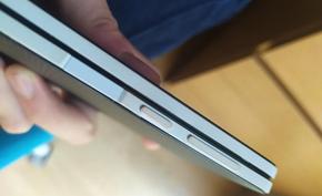 微软Surface Duo又出现塑料边框泛黄问题 微软承诺免费维修或者更换