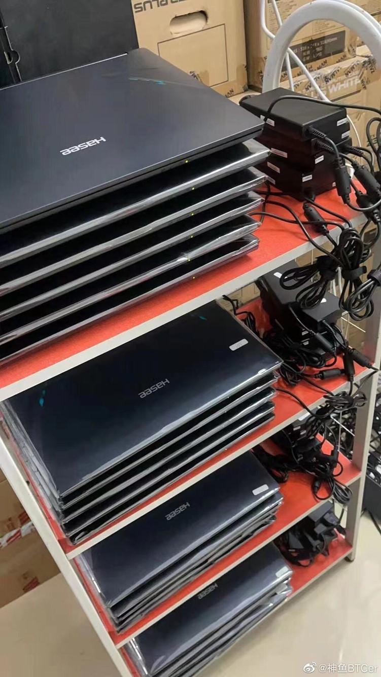 高性能显卡不够游戏本拿来凑上 有矿工购买40余台RTX3070笔记本挖矿