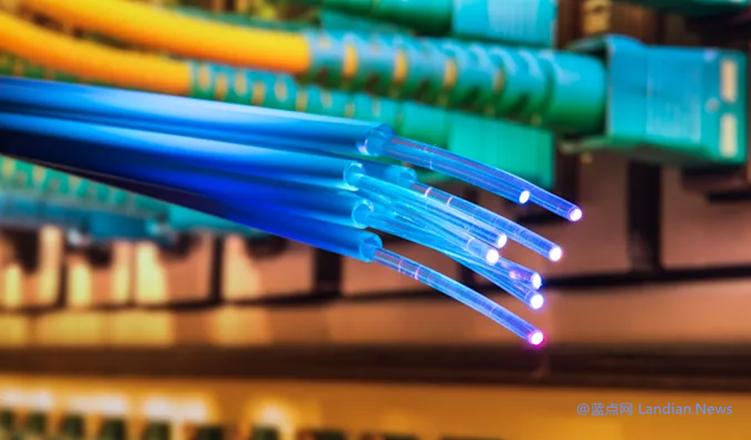 日本研究机构的科学家们以319Tbps的速率打破互联网传输速率记录